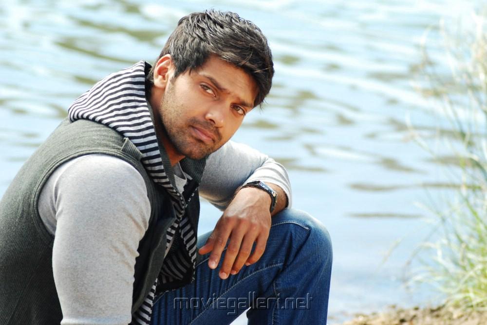 Arya: Actor Arya Photos In Love 2 Love Telugu