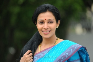 Telugu Actress Asha Saini Stills in Blue Cotton Saree
