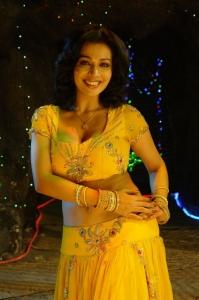 Actress Asha Saini Spicy Stills in Yellow Dress