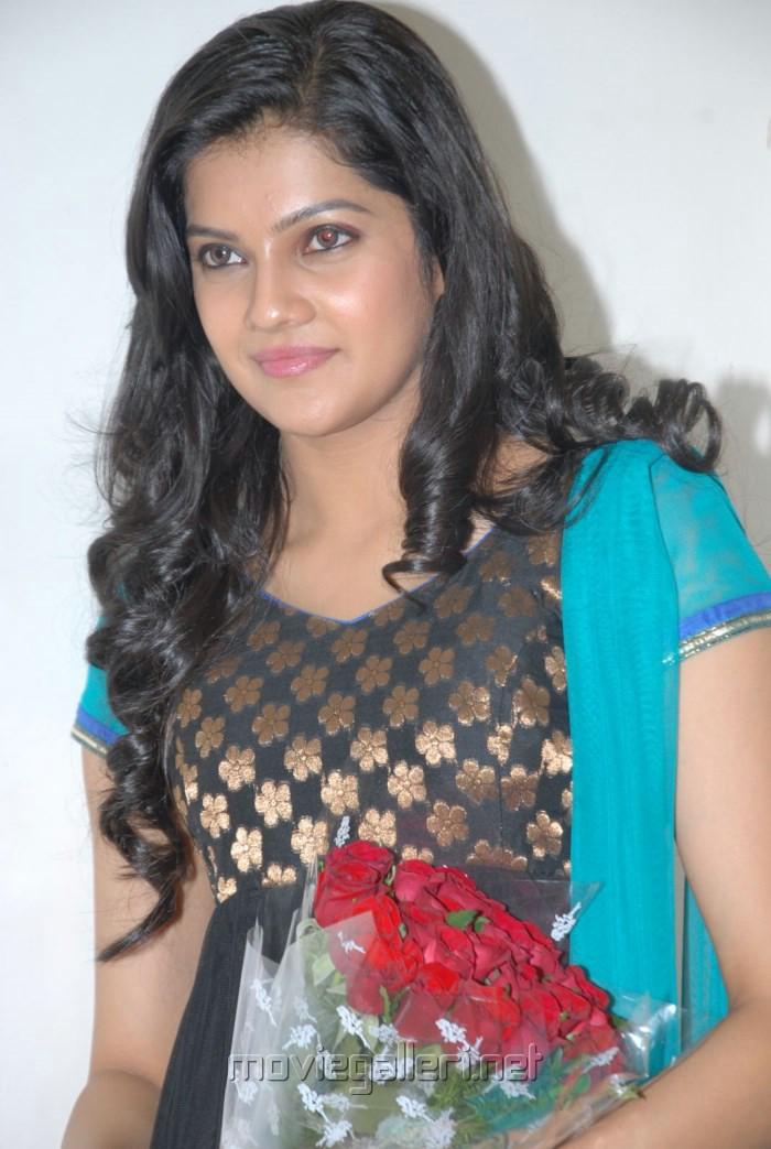 Ashrita Shetty in Udhayam NH4 (2)