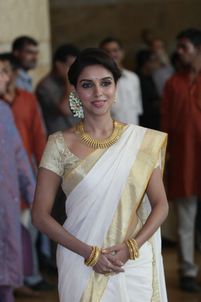 picture 166625 actress asin at genelia wedding bash