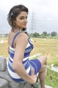 Actress Asmita Sood Latest Stills in Aadu Magadura Bujji
