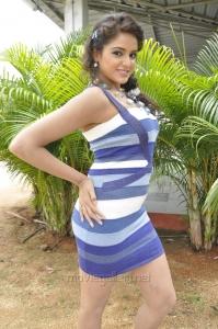 Actress Asmita Sood Latest Stills in Aadu Magadraa Bujji