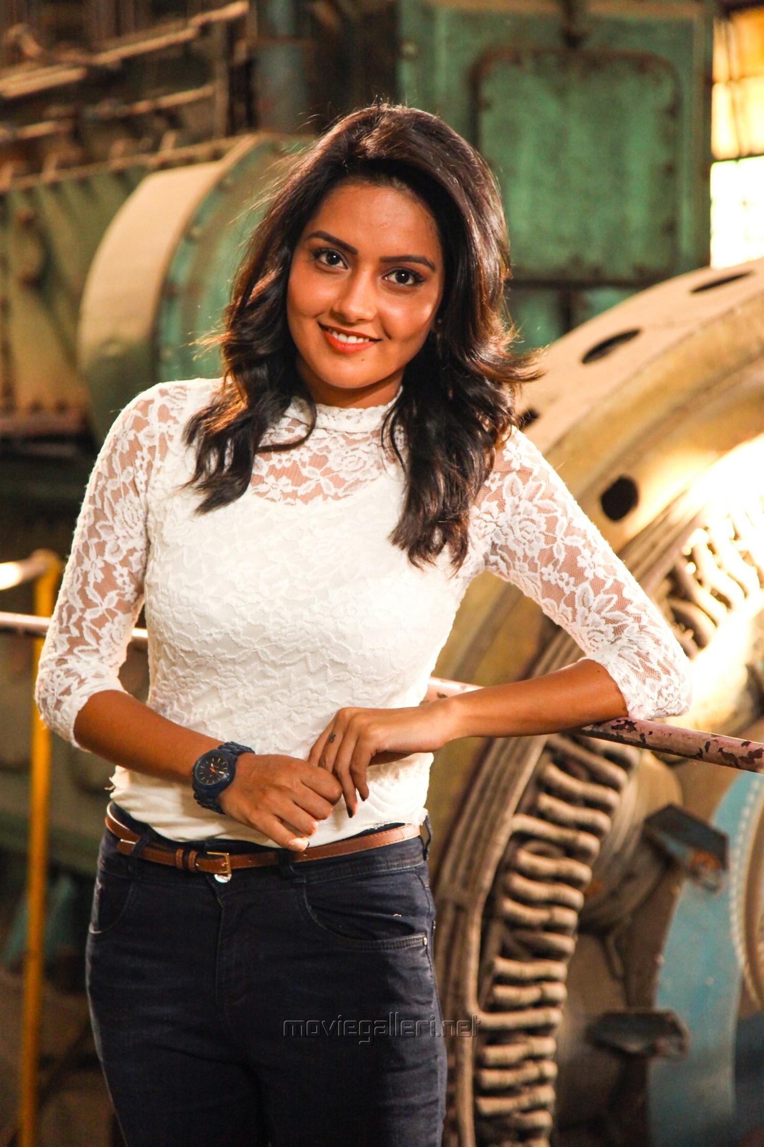 Actress Mahima Nambiar in Asura Guru Movie Stills HD