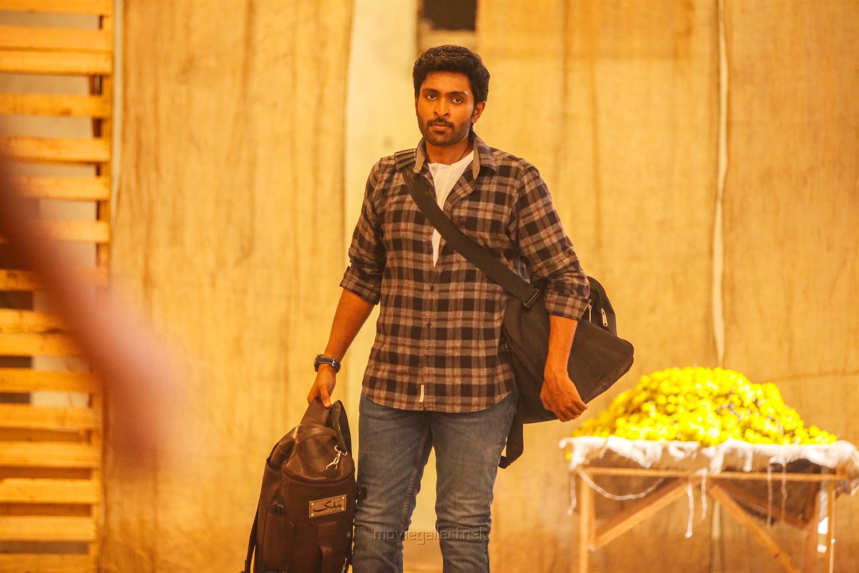 Hero Vikram Prabhu in Asura Guru Movie Stills HD