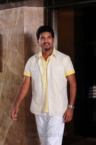 Vijay Yesudas in Athade Telugu Movie Stills