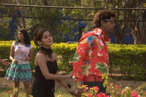 Vennela Kishore, Priyanka Chabra in Athadu Aame O Scooter Latest Stills