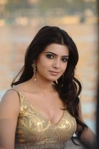 Athiradi Vettai Movie Actress Samantha Stills