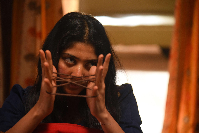 Actress Sai Pallavi in Athiran Movie HD Photos