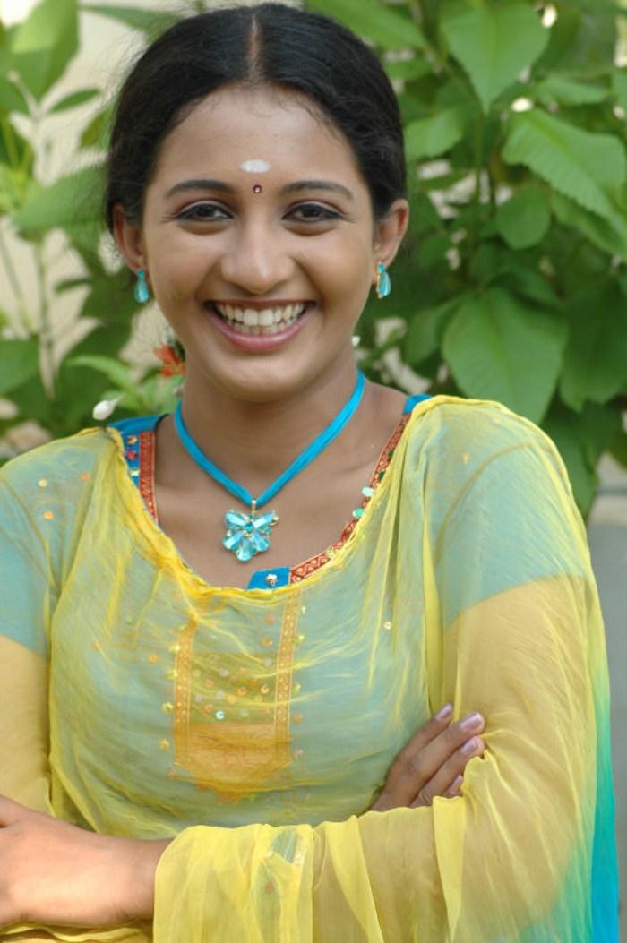 Related to actress akkul photos from facebook - TV Serial Actress