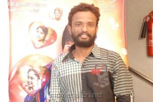 Pandiraj at Attakathi Press Show Stills