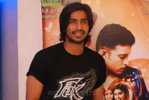 Vishnu Vishal at Attakathi Press Show Stills
