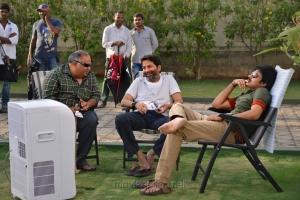 BVSN Prasad, Trivikram Srinivas, Pawan Kalyan at Attarintiki Daredi Working Stills