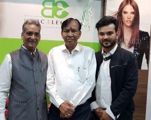 Mr. Narsaria, Dr. Ram Barot & Shashank Narsaria (Owner, BE) at the inauguration of Basic Elements-Pro Unisex Salon in Malad, Mumbai.