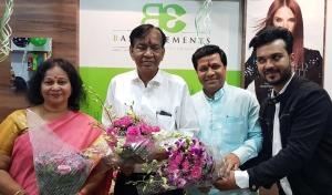 Mrs. Jaya Tiwana at the inauguration of Basic Elements-Pro Unisex Salon in Malad, Mumbai