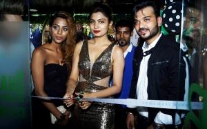 Preeti, Avani Modi & Shashank Narsaria (Owner, BE) inaugurating Basic Elements-Pro Unisex Salon in Malad, Mumbai