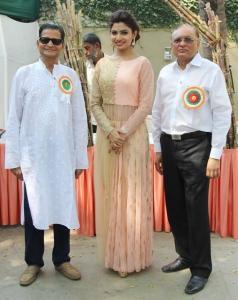 Mr. Chandu, Avani Modi & Rahul Timbadia at 'JJC Utsav Grand Trade & Funfair 2015'