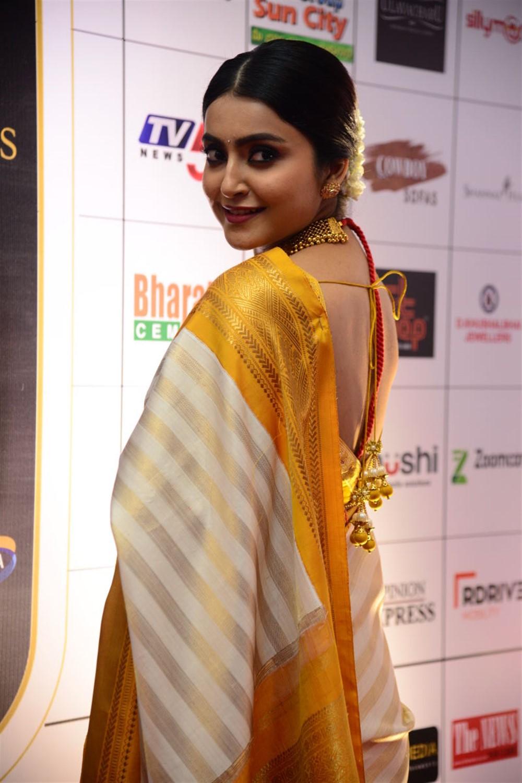 Telugu Actress Avantika Mishra in Silk Saree Photos