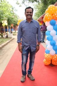Director Sajin Lal @ Avathara Vettai Movie Pooja Stills