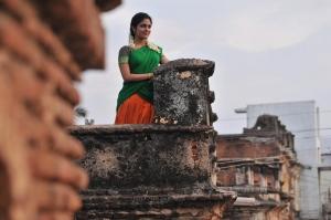 Actress Malavika Wales in Azhagu Magan Movie Images HD