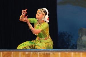 Bharatanatyam Arangetram by Baby Varshini Photos