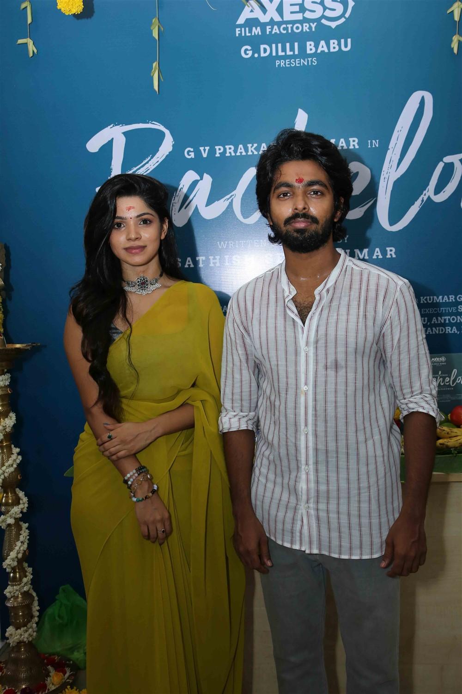 Divyabharathi, GV Prakash @ Bachelor Movie Pooja Stills