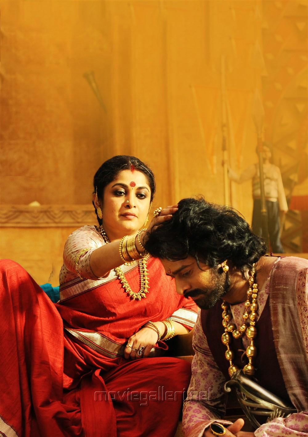 Ramya Krishnan, Prabhas in Baahubali 2 New Images HD