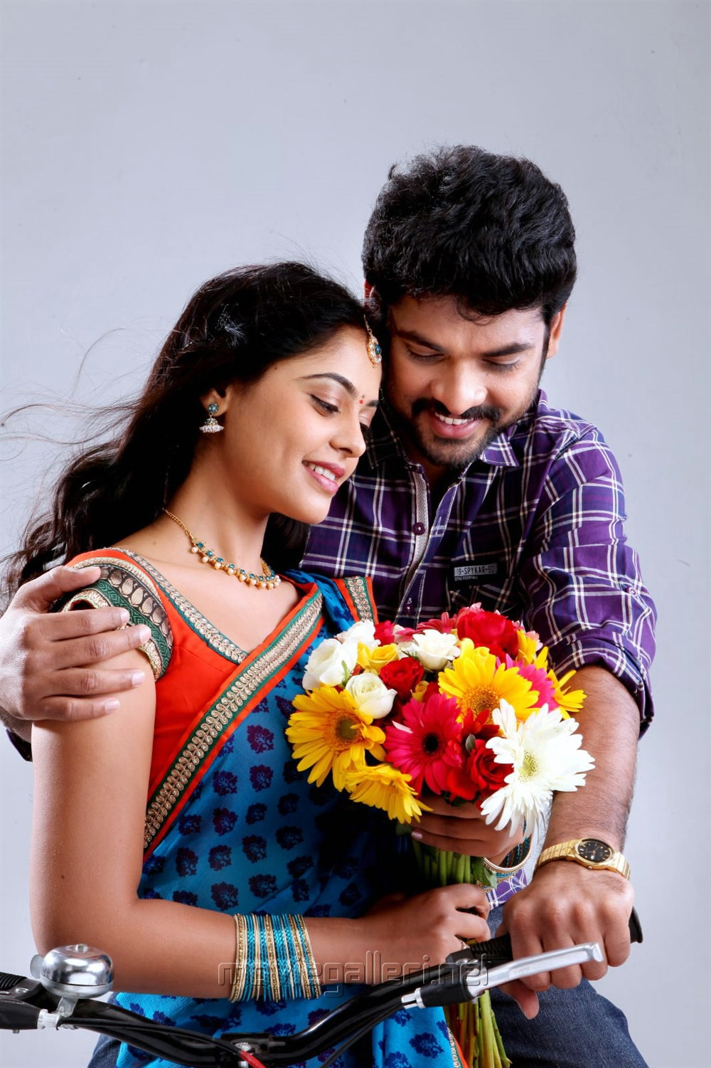 Bindu Madhavi, Vimal in Ballala Deva Movie Stills