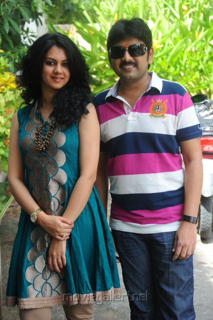 Kamalakar, Kamna at Band Balu Telugu Movie Opening Stills