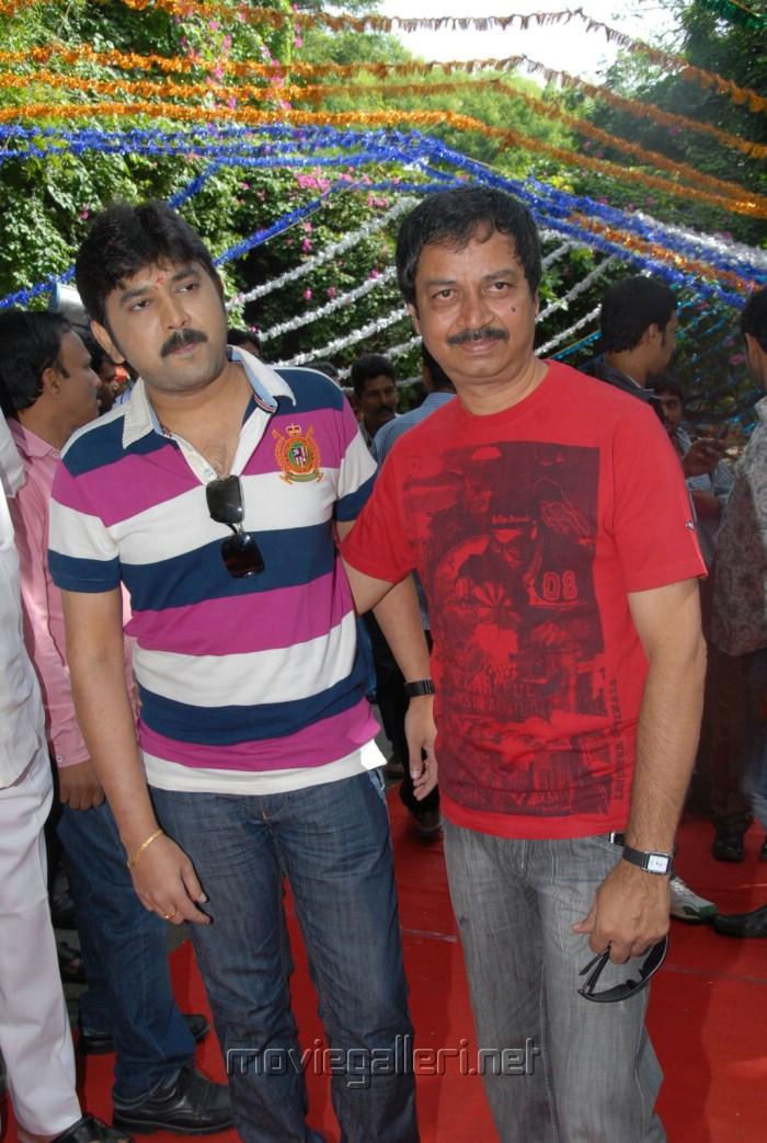 Actor Kamalakar at Band Balu Telugu Movie Opening Stills