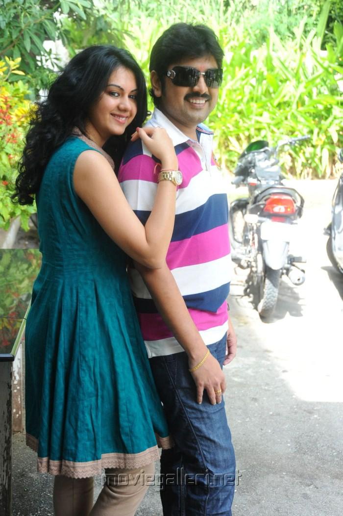 Kamalakar, Kamna at Band Balu Telugu Movie Opening Stills
