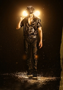 Hero Ravi Teja in Bengal Tiger Movie First Look Images