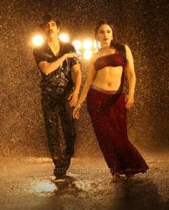 Ravi Teja, Tamanna in Bengal Tiger Movie Stills
