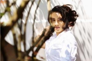 Actress Bhama Hot Photoshoot Gallery