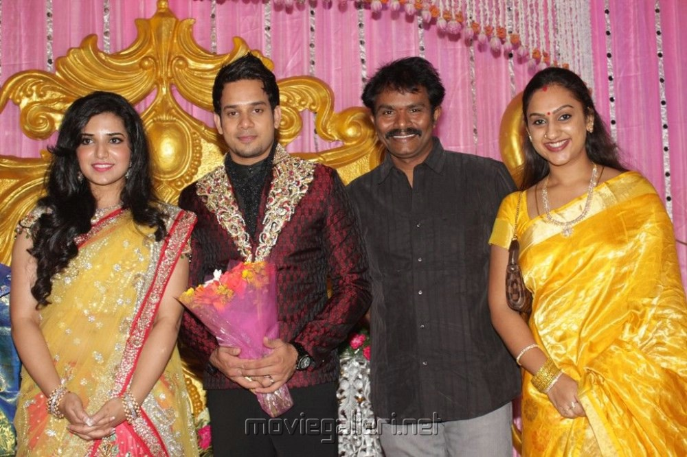 preetha vijayakumar and hari wedding photos