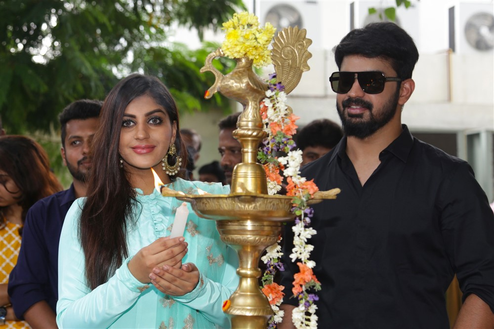 Yashika, Mahat Raghavendra @ Bharathan Pictures Production No 2 Movie Pooja Stills
