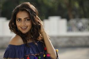 Actress Amala Paul in Bhaskar Oru Rascal Movie Photos HD