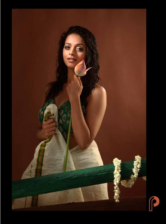 Bhavana Cute Photo Shoot Pics