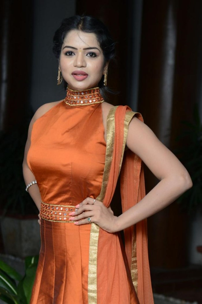 Telugu Actress Bhavya Sri Hot Pics in Orange Dress