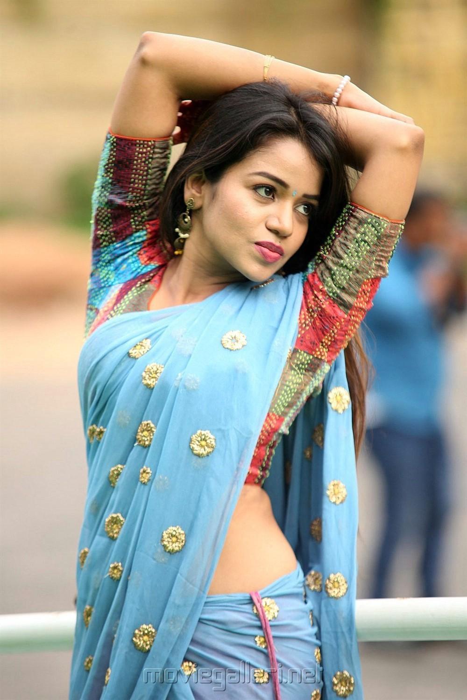 Actress Bhavya Sri Hot in Langa Voni Photos