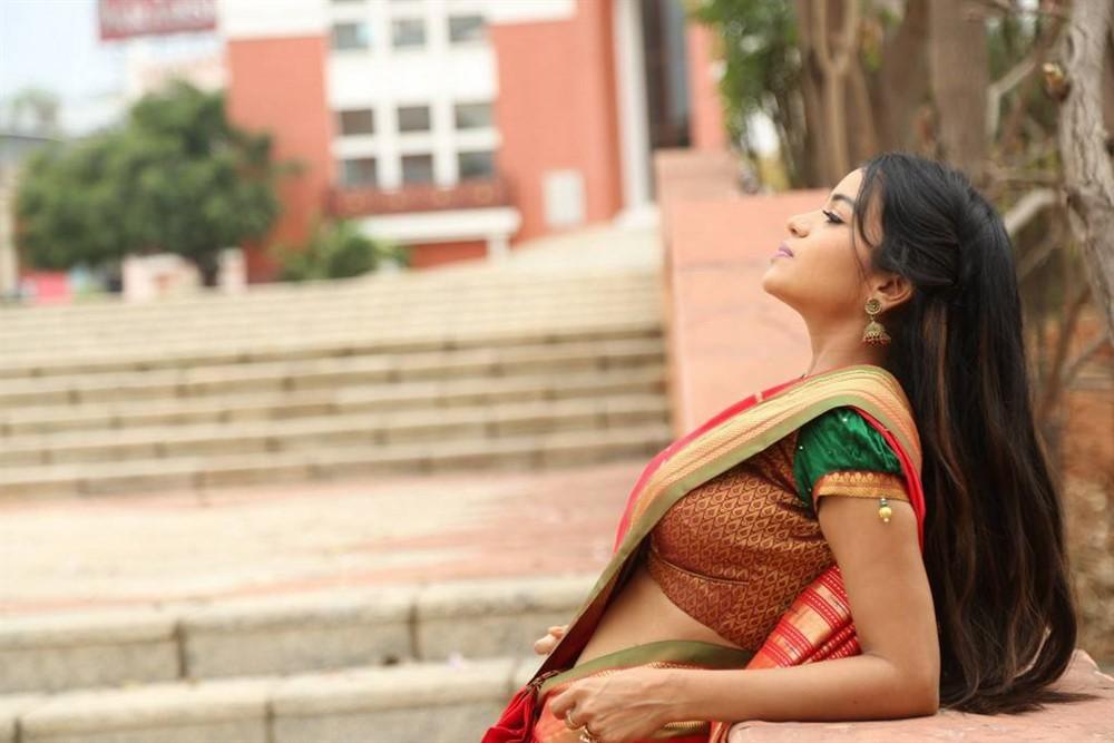 Telugu Actress Bhavya Sri in Silk Saree Photos