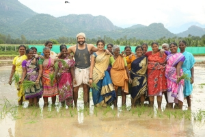 Jayam Ravi, Nidhi Agarwal in Bhoomi Movie Images HD