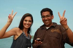 Bruna Abdullah & Chakri Toleti at Billa 2 Working Stills