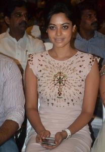 Tamil Actress Bindu Madhavi New Stills