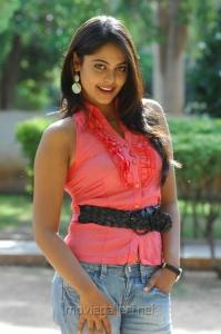 Bindu Madhavi Latest Hot Pics