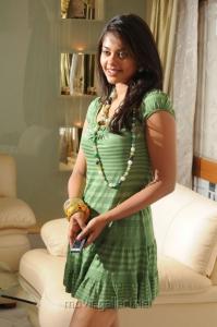 Bindu Madhavi in Green Skirt