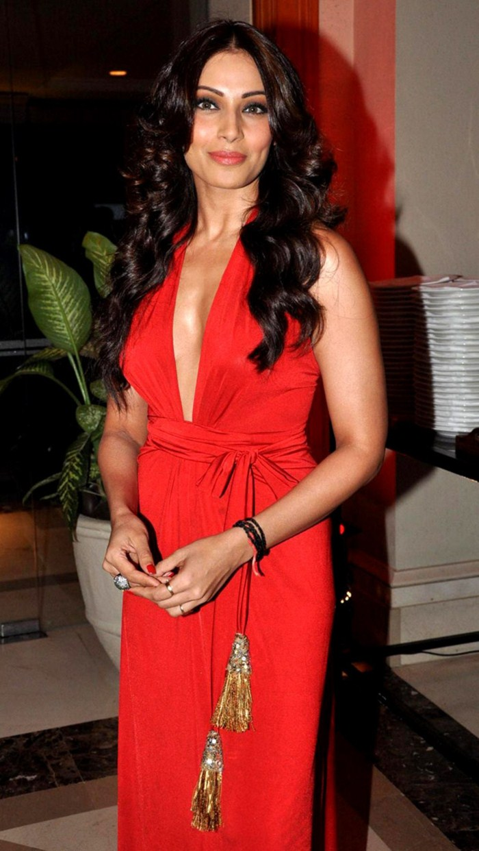 Picture 308446  Bipasha Basu Hot Photos In Red Skirt  New Movie Posters-2221