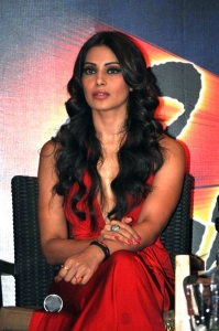 Bipasha Basu New Hot Photos in Red Dress