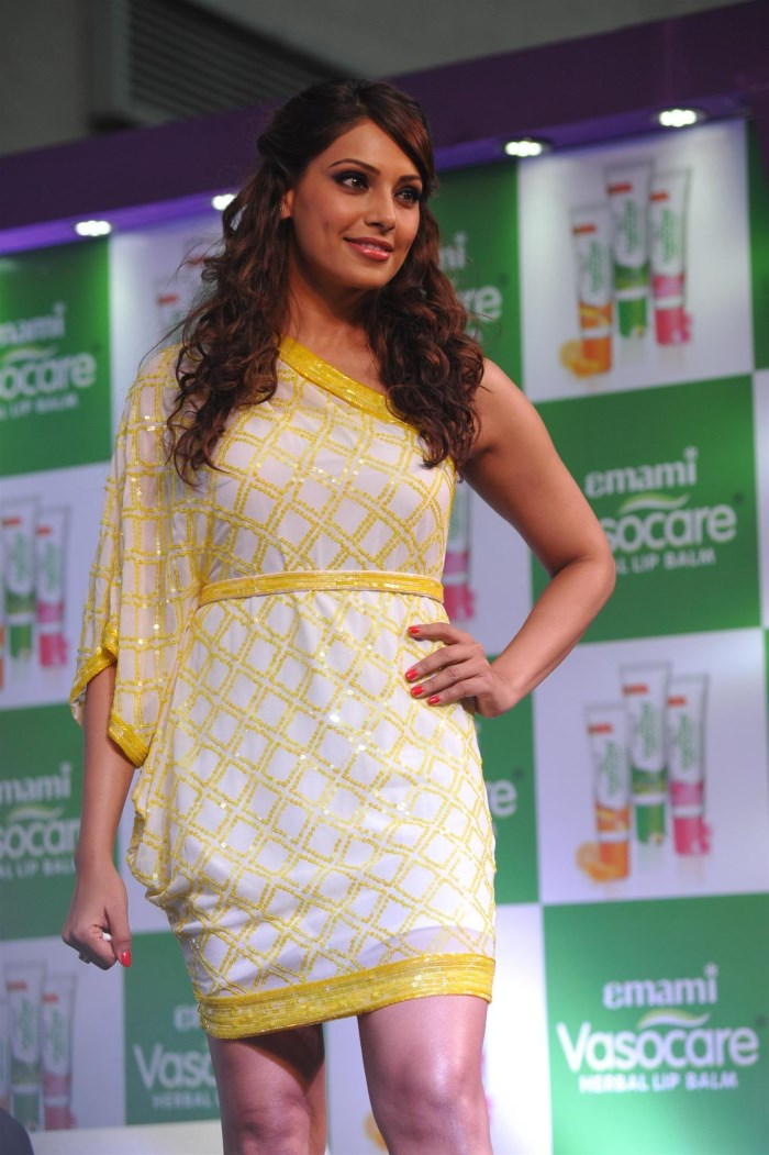 Actress Bipasha Basu Latest Photo Gallery