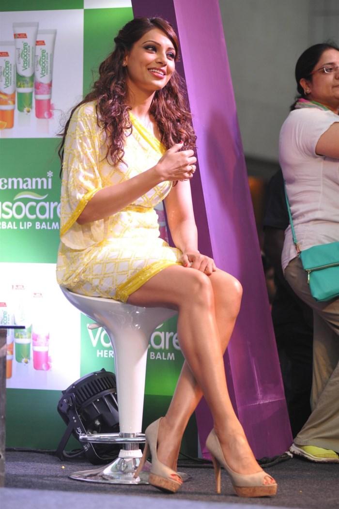 Actress Bipasha Basu Latest Photo Gallery